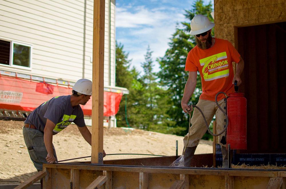chinook construction crew